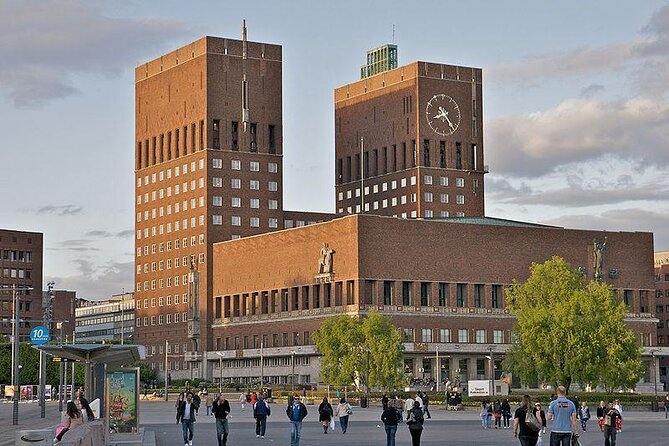 Oslo City Hall (Radhuset)