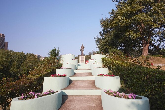 Luis de Camoes Garden and Grotto