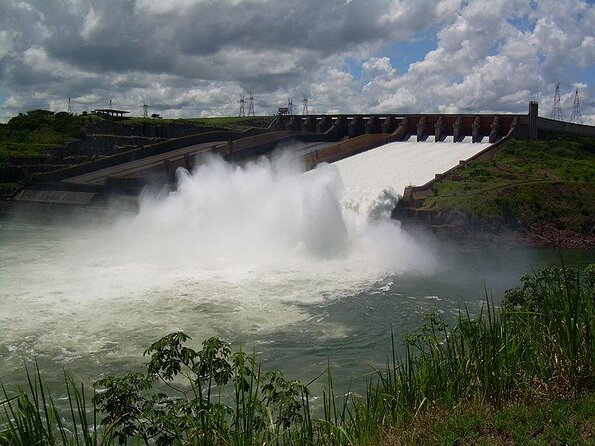Itaipu Dam (Barragem de Itaipu)