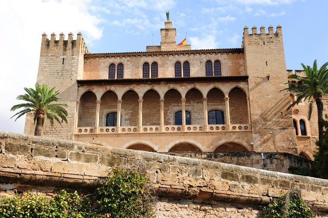 Royal Palace of La Almudaina (Palau de l'Almudaina)