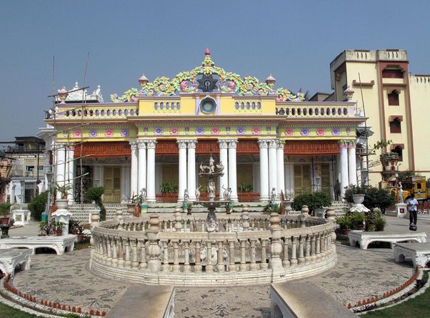 Pareshnath Jain Temple (Parasnath Jain Temple)