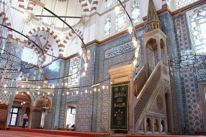 Rustem Pasha Mosque (Rüstem Paşa Camii)