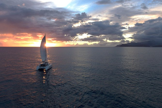 Small Group Yacht Sunset Cruise from Oahu