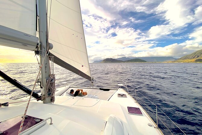 Private Oahu Sunset Charter with Dinner and Drinks Included