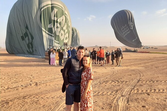 Enjoy The Views Of Dubai Beautiful Desert By Hot Air Balloon From Dubai