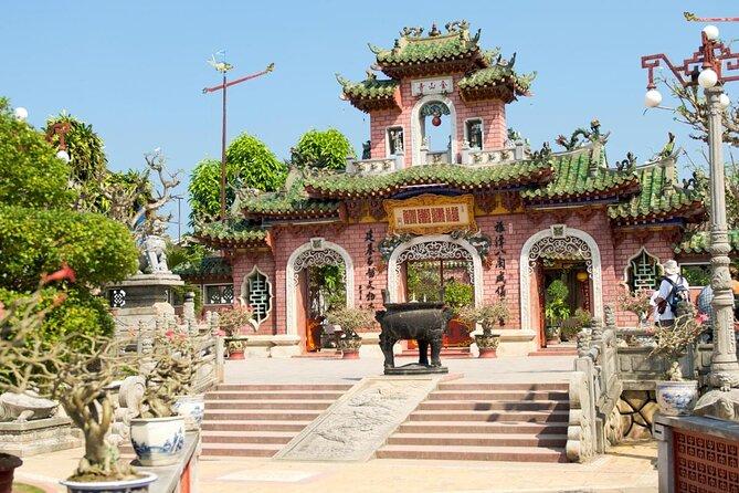 Quan Cong Temple