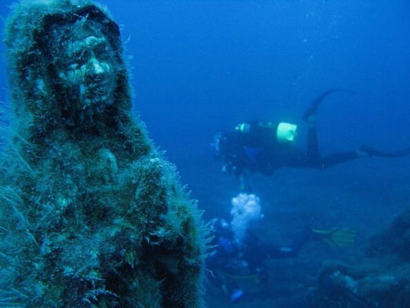 Cancun Underwater Museum of Art (Museo Subacuático de Arte)