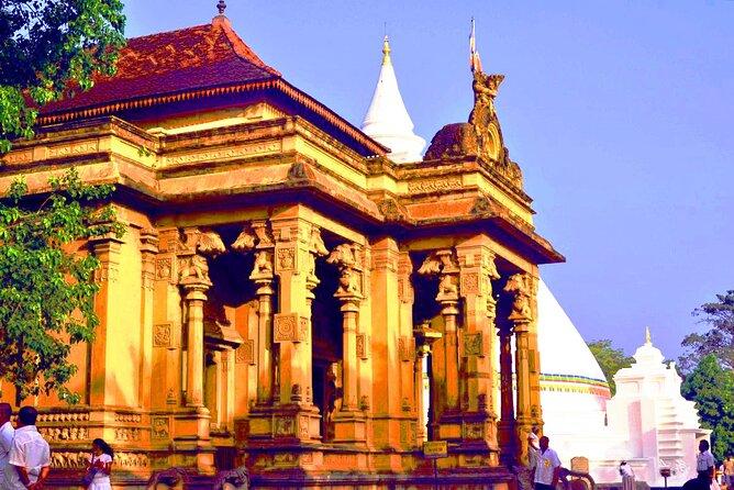 Temple Run by Tuk Tuk from Colombo