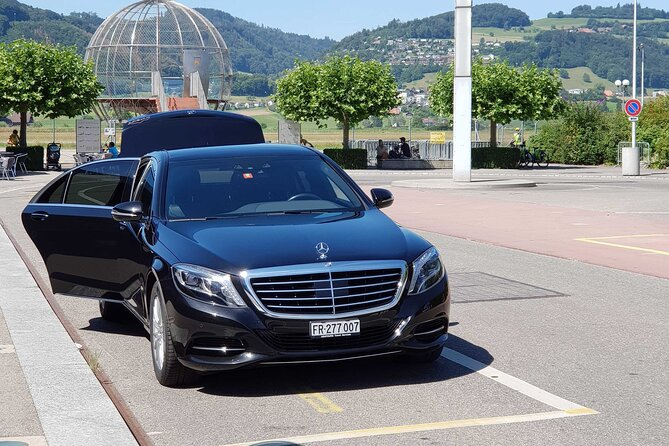 Private transfer from Champery to Geneva Airport