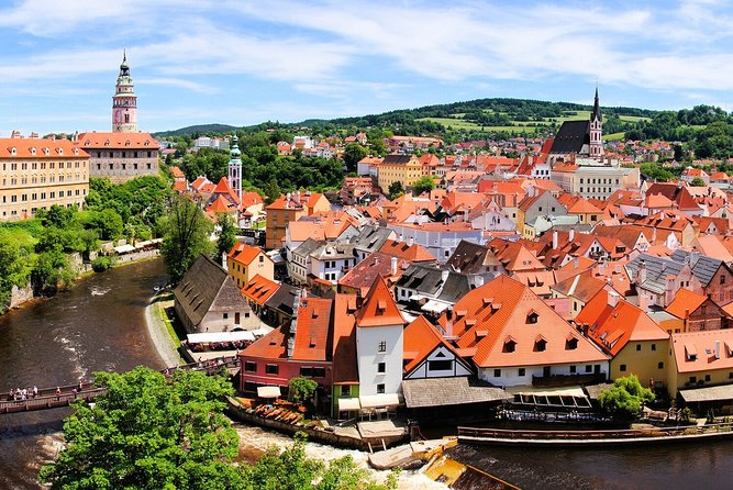 Private One-Way Sightseeing Trip From Prague to Vilshofen Via Cesky Krumlov