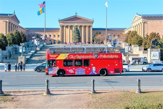 Philadelphia Double Decker Sightseeing Tour & Campo's Cheesesteak Combo