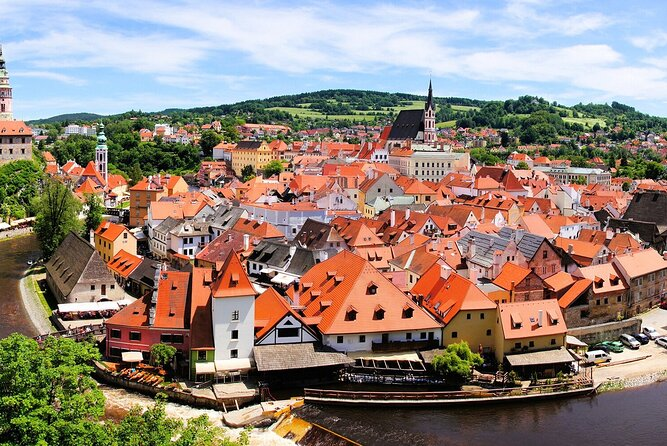 Private Sightseeing transfer from Prague to Zell am See via Cesky Krumlov