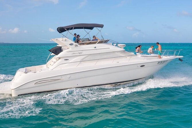 Private Yacht - 46 ft SeaRay Cancun Bay Snorkel 23P4