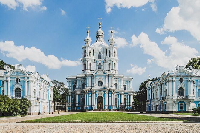 St Petersburg Cathedral Tour with Friendly Local Guide