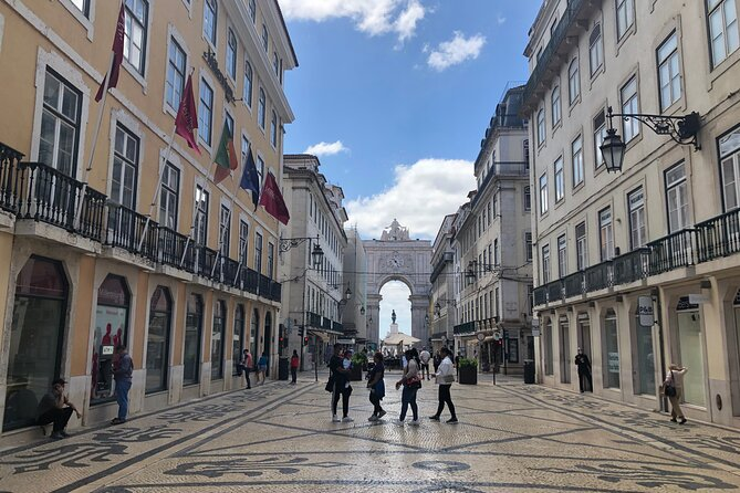 Small-Group Walking Tour in Lisbon
