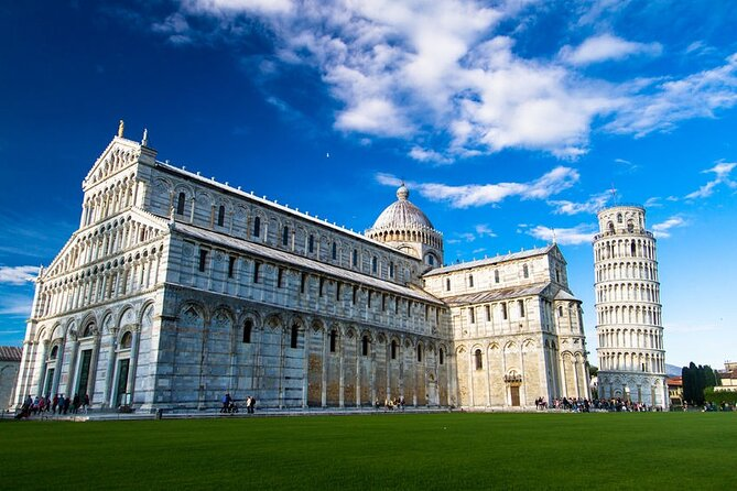 Small-Group Pisa Tour from Florence with Breakfast Included
