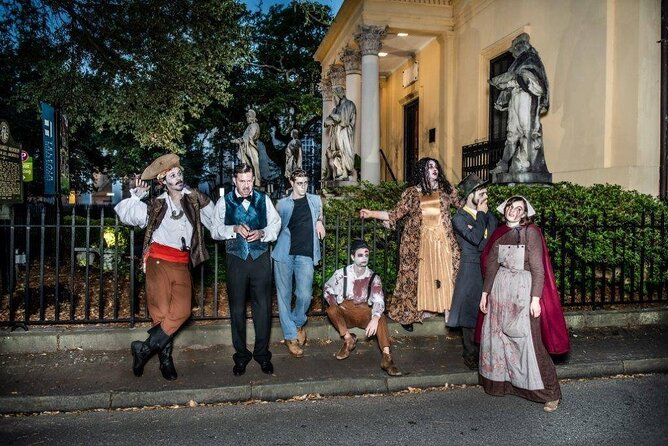 Savannah's Grave Encounters Night-Time Trolley Tour