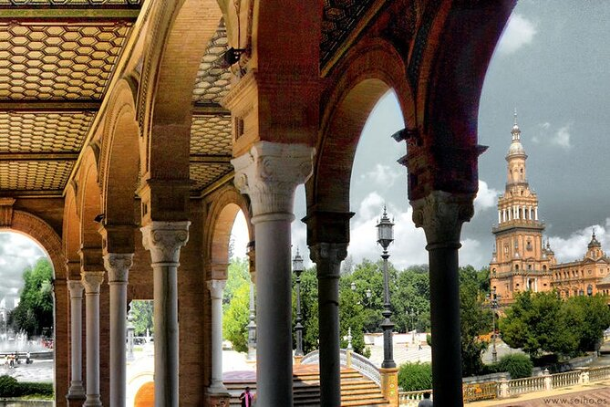 Seville Walking Tour with Lunch