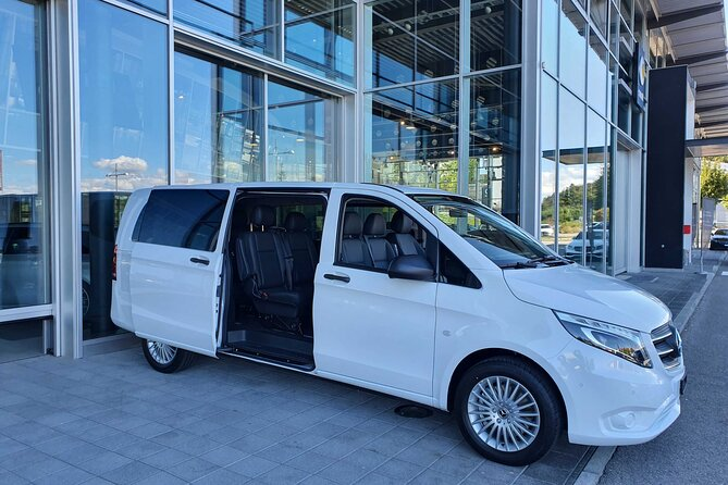 Private Arrival Transfer: from Geneva Airport to Val-d'Illiez