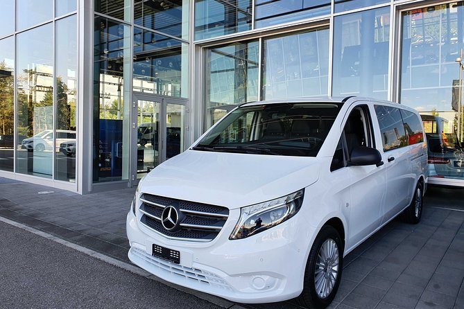 Private Arrival Transfer: from Geneva Airport to Alpe d'Huez in France