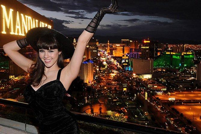 Scenic Las Vegas Limo Tour + VIP Bottle Service on the 63rd Floor