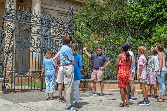 Historic Charleston Walking Tour: Rainbow Row, Churches, and More