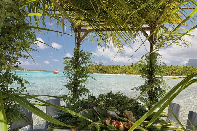Private Bora Bora Lagoon & Water Lunch Experience