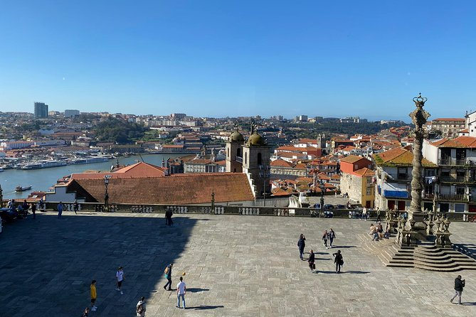 LOW COST TOUR- Porto through its viewpoints!