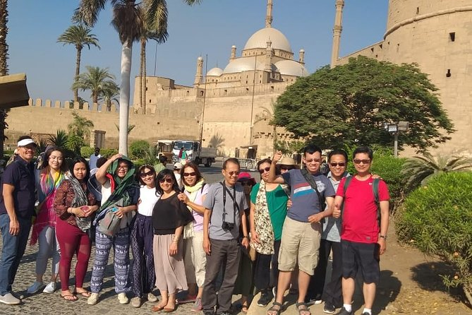 Complete Cairo tour with tickets and Lunch