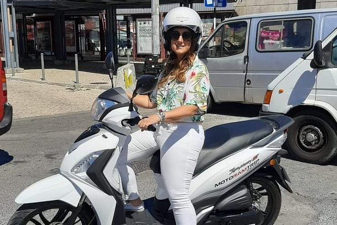 Motorbike and scooter rentals in Almada