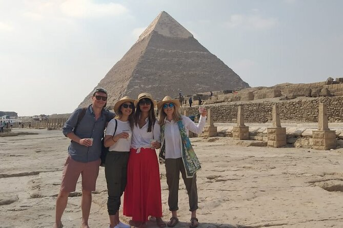 Best Half-Day tour to Pyramids of Giza & Sphinx with Lunch and Camel Ride