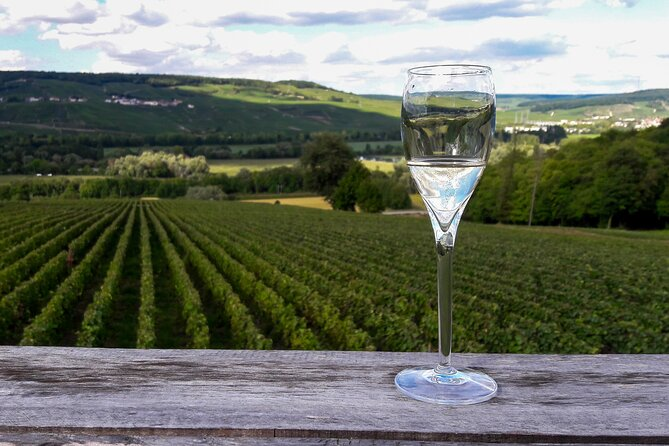Private Day Trip to Champagne Region with Lunch