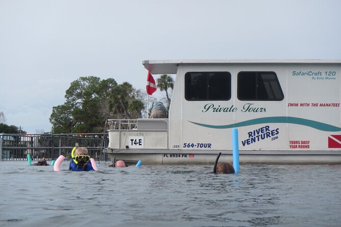 Homosassa Semi-Private Houseboat Swim with the Manatee Tour
