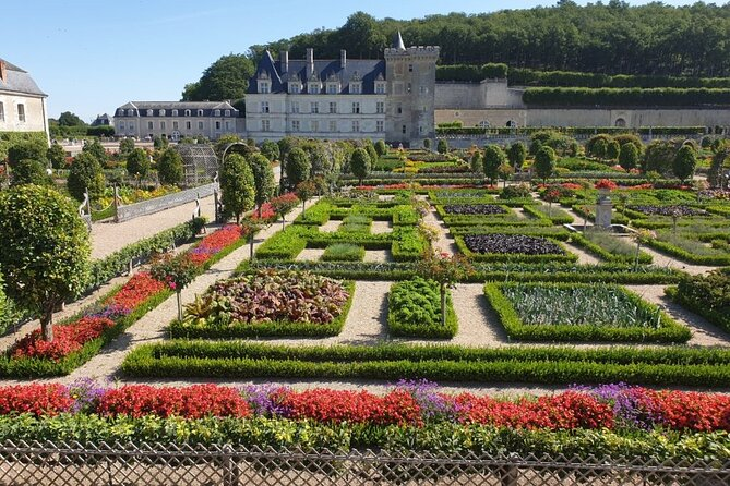 5-Day Private Tour around Seine Valley and the Loire Valley