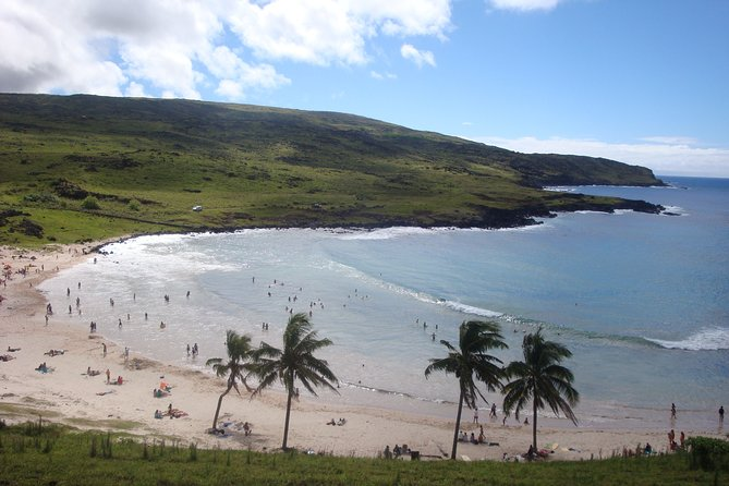 Anakena and Rapa Nui Culture in Easter Island