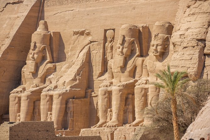 Private overnight Tour from Luxor to Abu Simbel