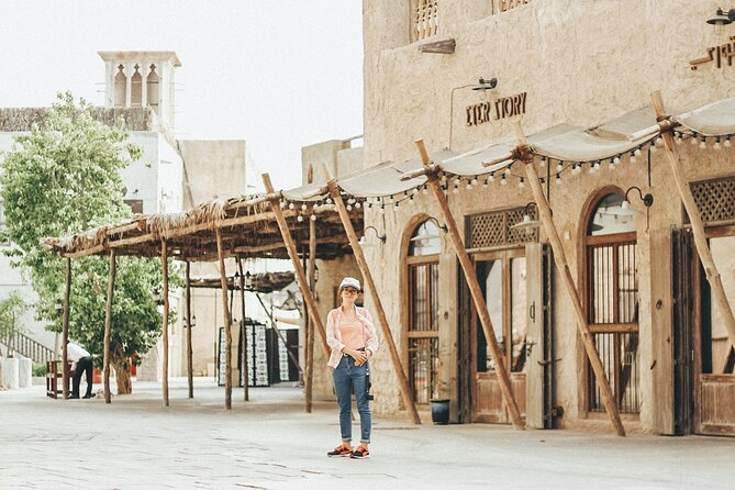 Private Tour from Dubai to Sharjah with All Must-See Sites, Souqs and Mosques