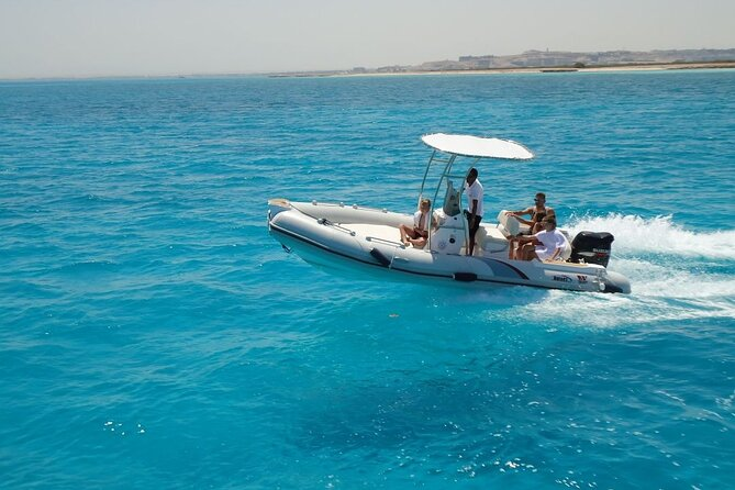 Private Speedboat Trip To Dolphin House In Hurghada