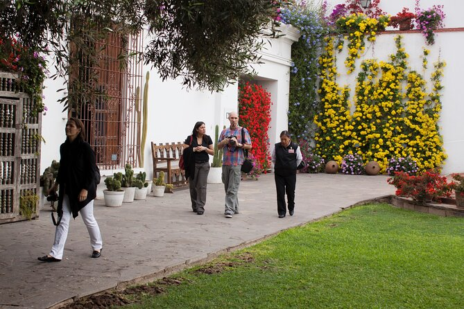 Private Lima City Tour with Curator Service at Larco Museum