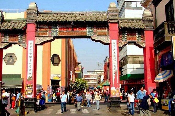 Lima Local Market, Chinatown and Cordano Bar Private Tour