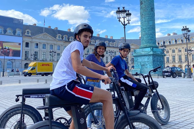 Paris Sightseeing Family Friendly Guided Electric Bike Tour