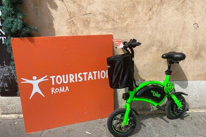 3-hour E-Bike Rental + Castel Sant'Angelo with Audioguide