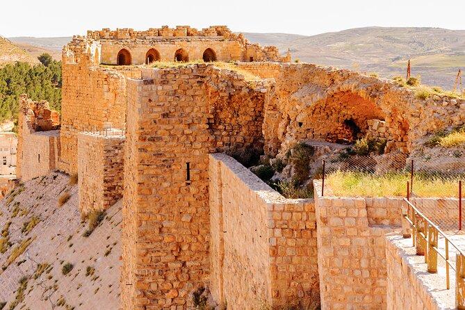 Tour privado de Karak Visit Kings Highway con santuarios islámicos opcionales desde Amman
