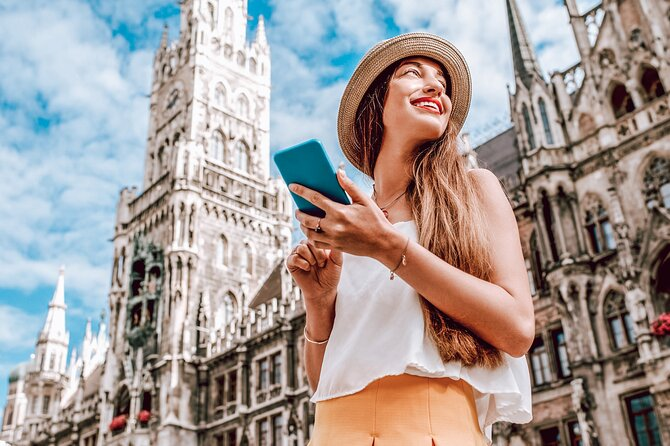 Private Munich Tour for History Buffs with Architectural Gems and WWII sites