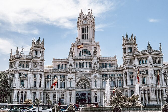 Madrid Must-See Private Tour with Friendly Local Guide