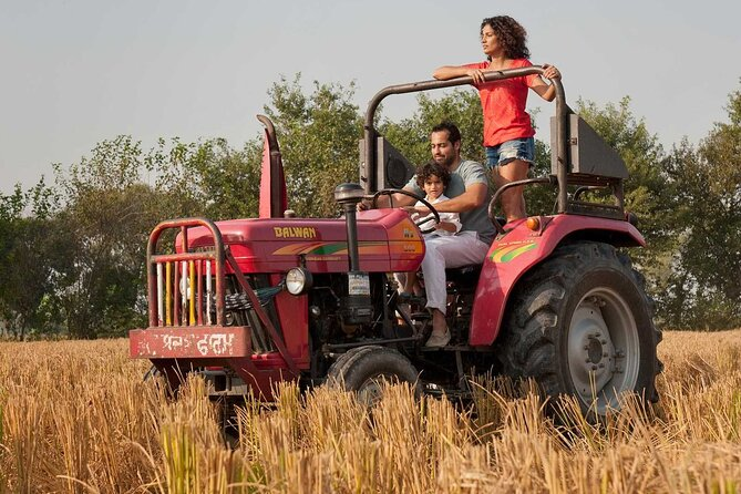 TRACTOR SAFARI - AN AUTHENTIC TOUR TO VILLAGE IN AGRA (A tour to real India)