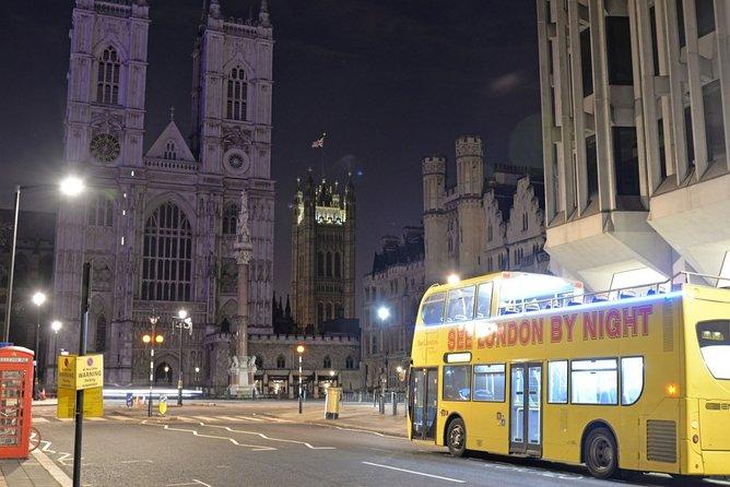London Night bus near Westminster Abbey