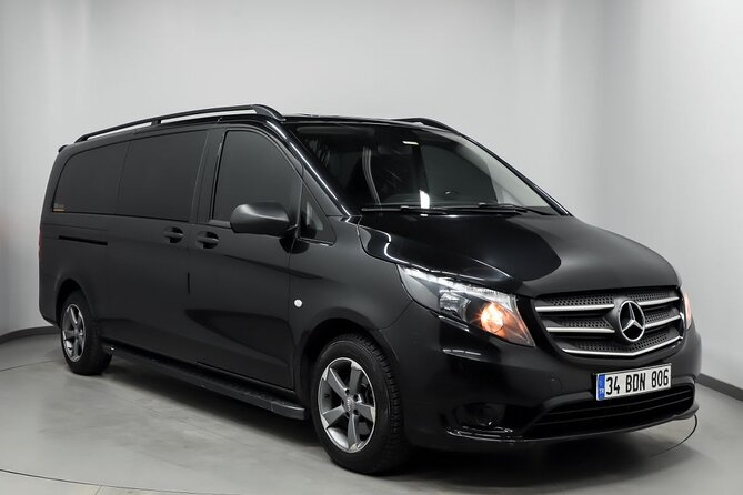 Round Trip Istanbul Airport Transfer by Private Minivan + Meet & Greet Service