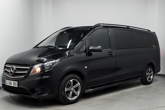 Istanbul Airport Transfer by Private Minivan + Meet & Greet Service at Airport