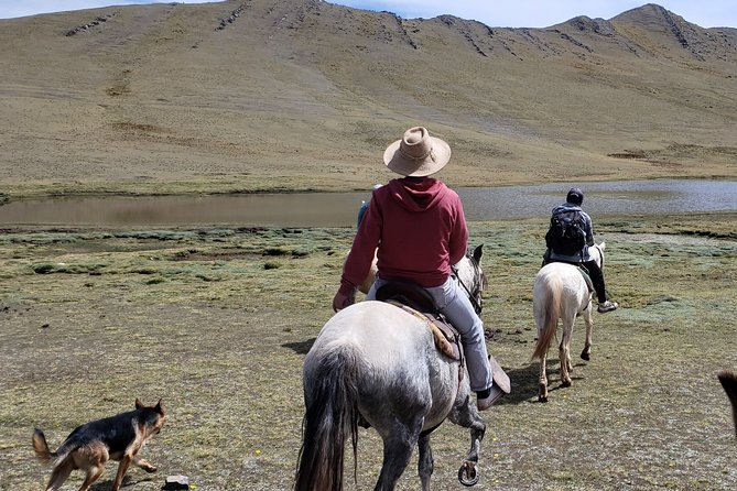 Full day horseback riding to the viewpoint of the lagoons - Cusco